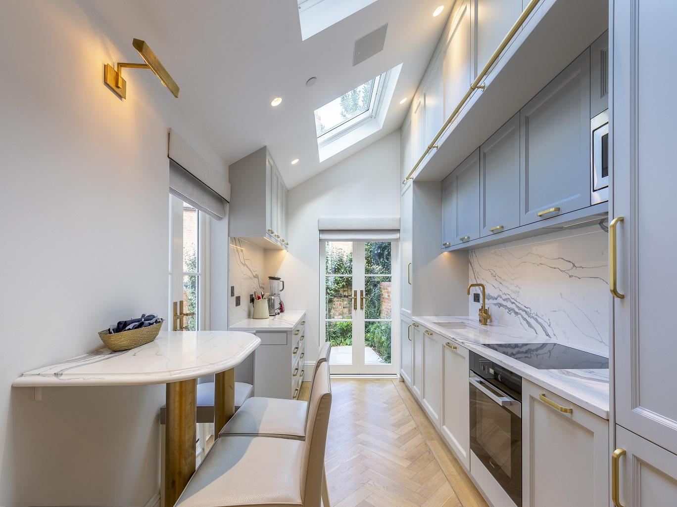 Superb Shaker Kitchen Oxford 3.jpg