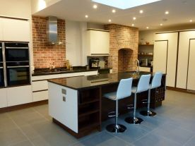 Walnut & Cream Handleless Kitchen