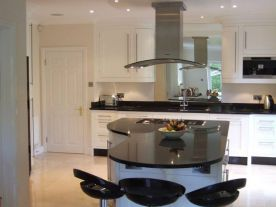 White Gloss Shaker Kitchen Goring Heath