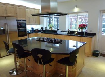 Maple Shaker Style Kitchen, Abingdon, Oxfordshire