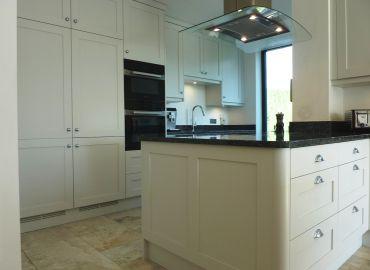 French Grey Shaker Kitchen, Frilford Heath, Oxfordshire